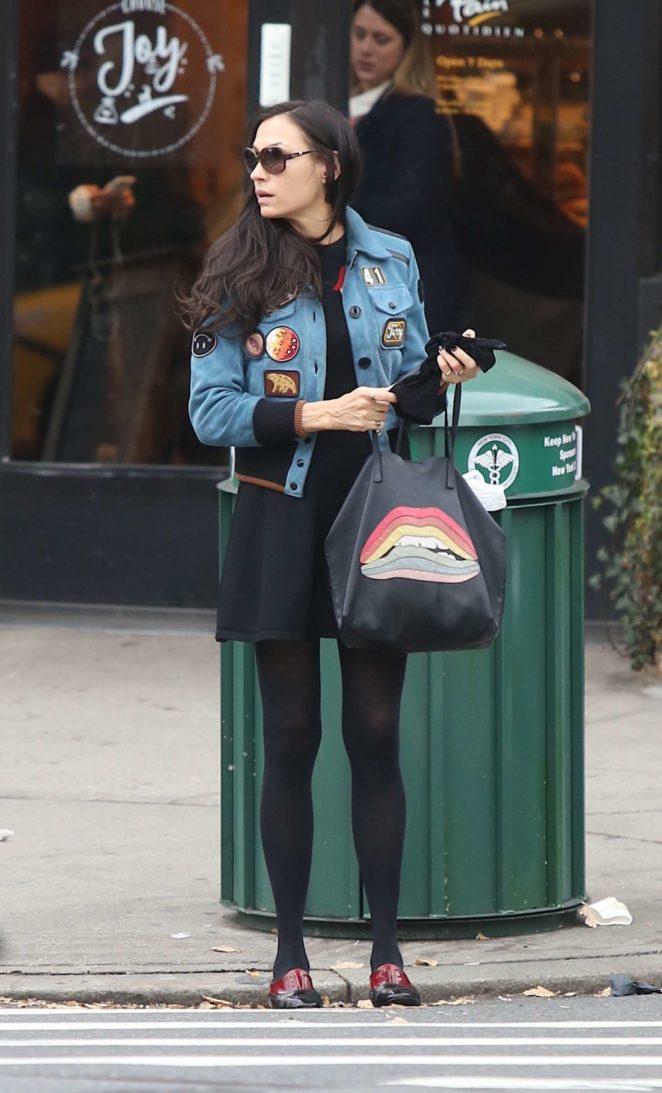 Famke Janssen grabs some lunch in NYC