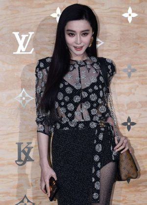 Fan Bingbing - Louis Vuitton & Jeff Koons Masters Collection Collaboration in Paris