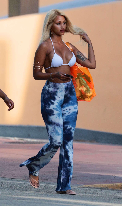 fd39ba6676e50 Fanny Neguesha in Bikini Top in Miami