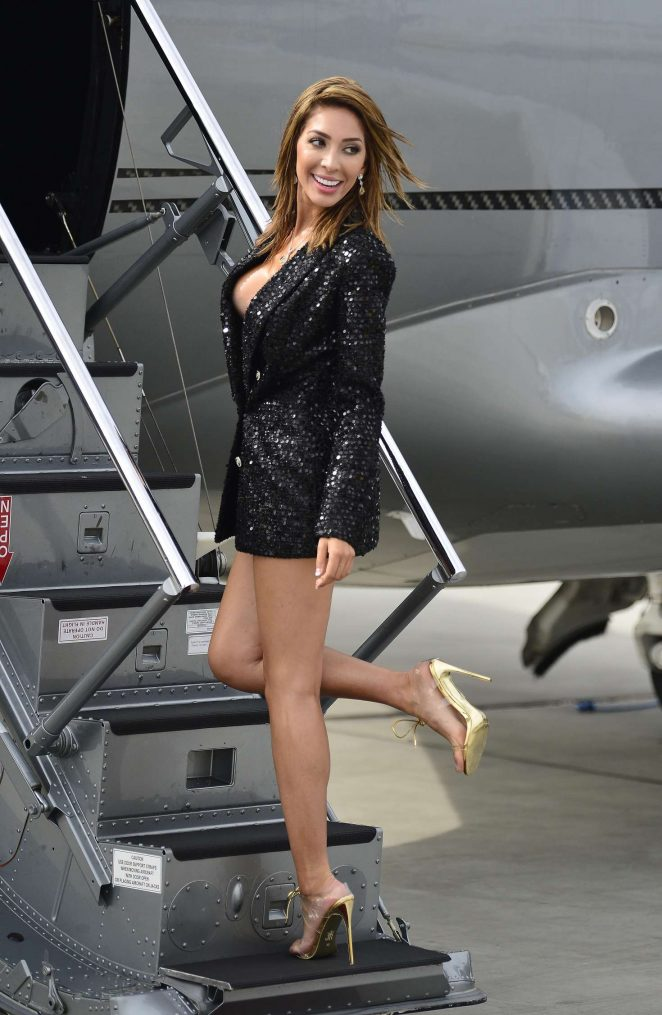 Farrah Abraham - Arrives to Van Nuys