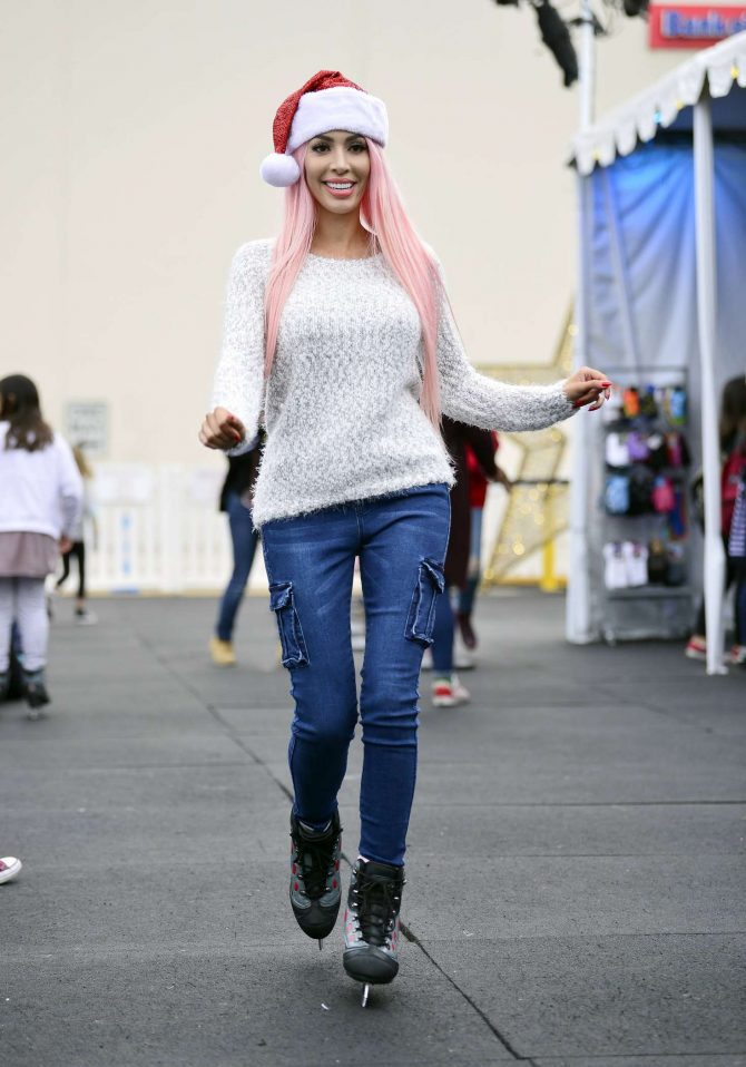 Farrah Abraham hits the ice rink in Santa Monica