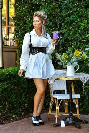 Farrah Abraham - In a white dress in Pacific Palisades