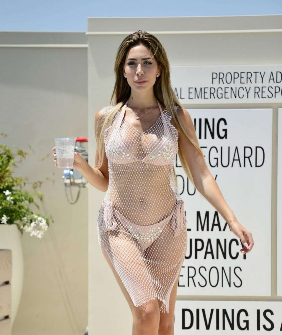 Farrah Abraham in Bikini on the pool in Los Angeles