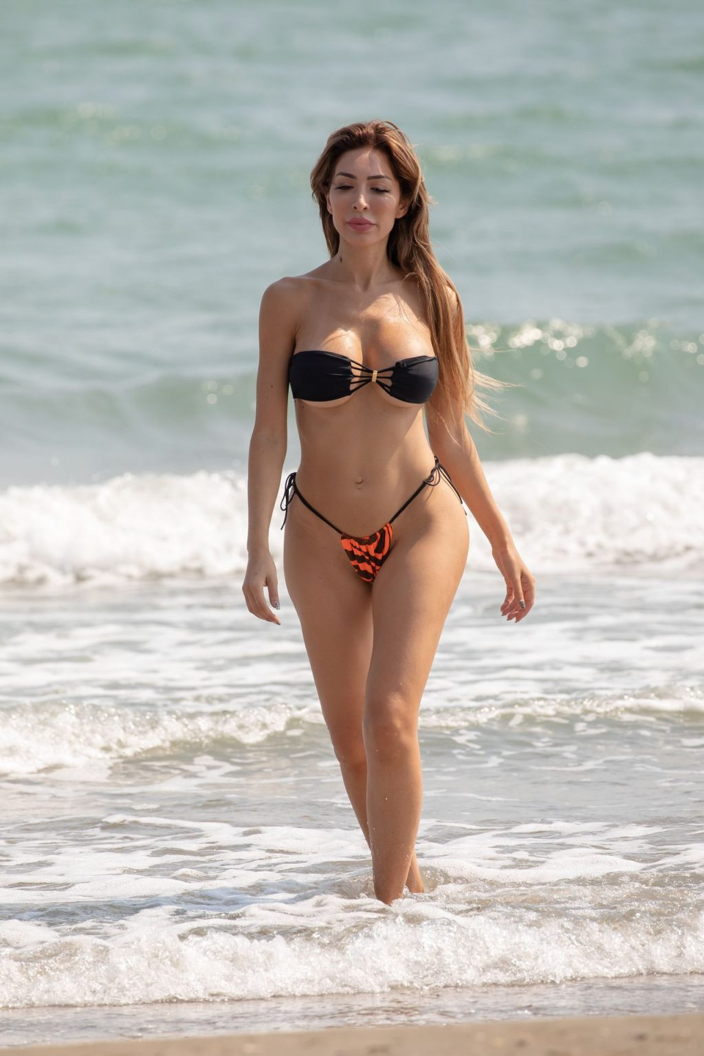 Farrah Abraham on the beach