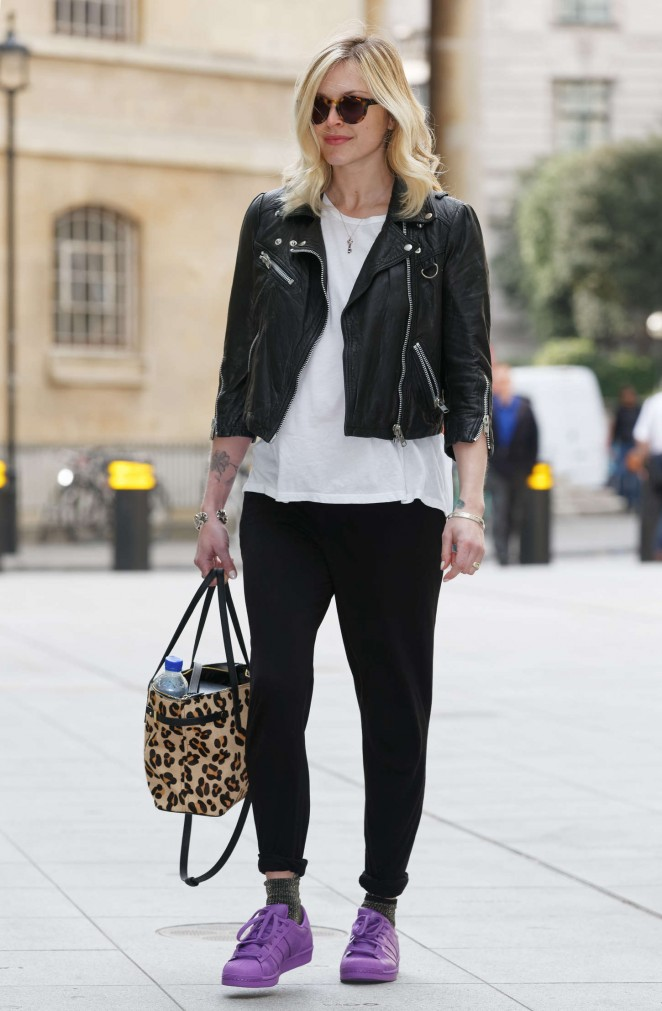 Fearne Cotton – Seen arriving at BBC Radio 1 in London