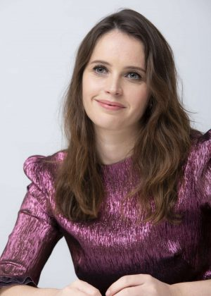 Felicity Jones - On the Basis of Sex Conference Portraits in Hollywood