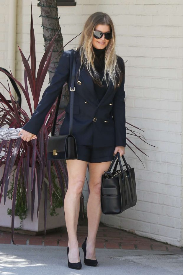 Fergie: Heads to Church on Easter Sunday -08