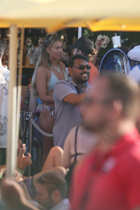 Ferne McCann 2019 : Ferne McCann and Danielle Armstrong  on vacation in Ibiza-01