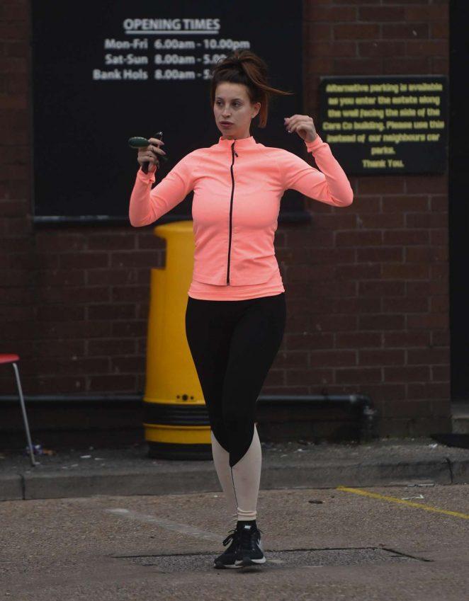 Ferne McCann - Heading to the Gym in Essex