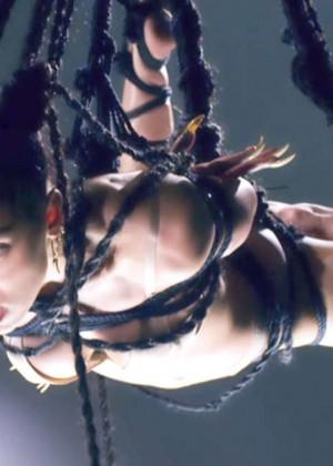 FKA Twigs: New Music Video for Pendulum -05