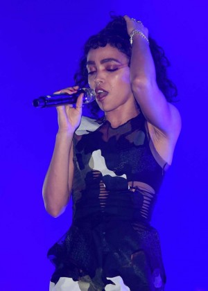 FKA Twigs - Performing at Bestival 2015 in Isle of Wight