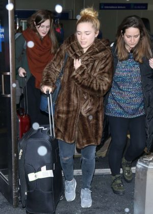 Florence Pugh - Arriving at Salt Lake City Airport