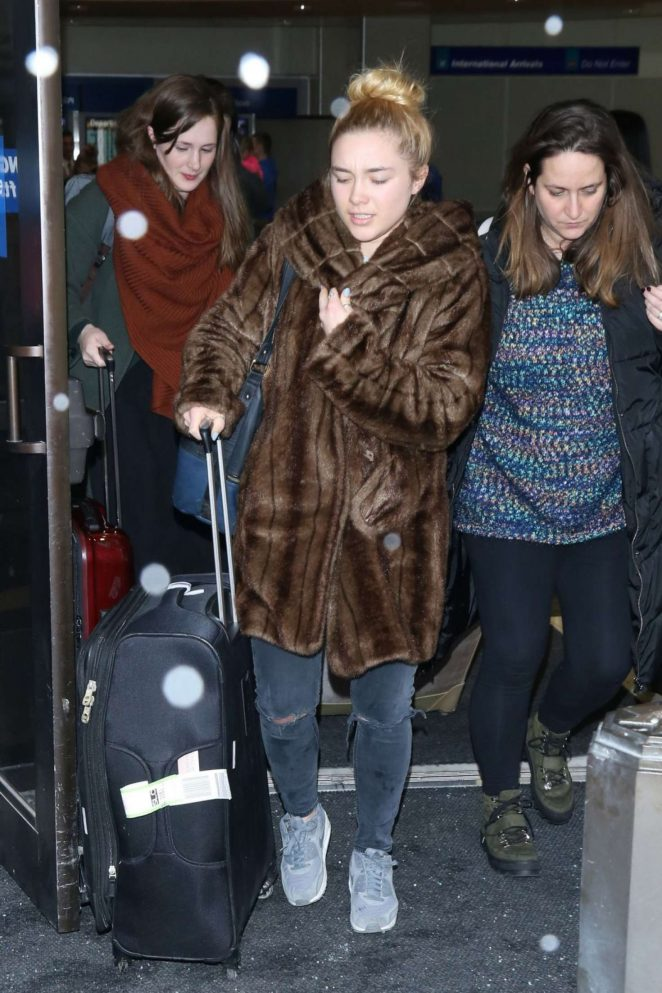 Florence Pugh: Arriving at Salt Lake City Airport -02