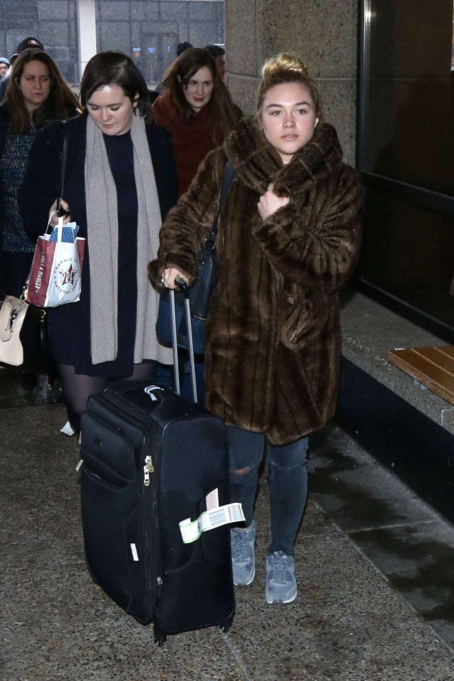 Florence Pugh: Arriving at Salt Lake City Airport -06