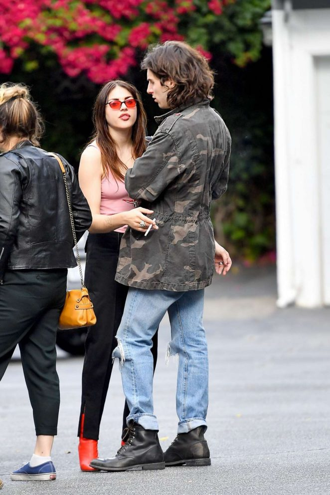 Frances Bean Cobain and Matthew Cook Kissing in LA -02