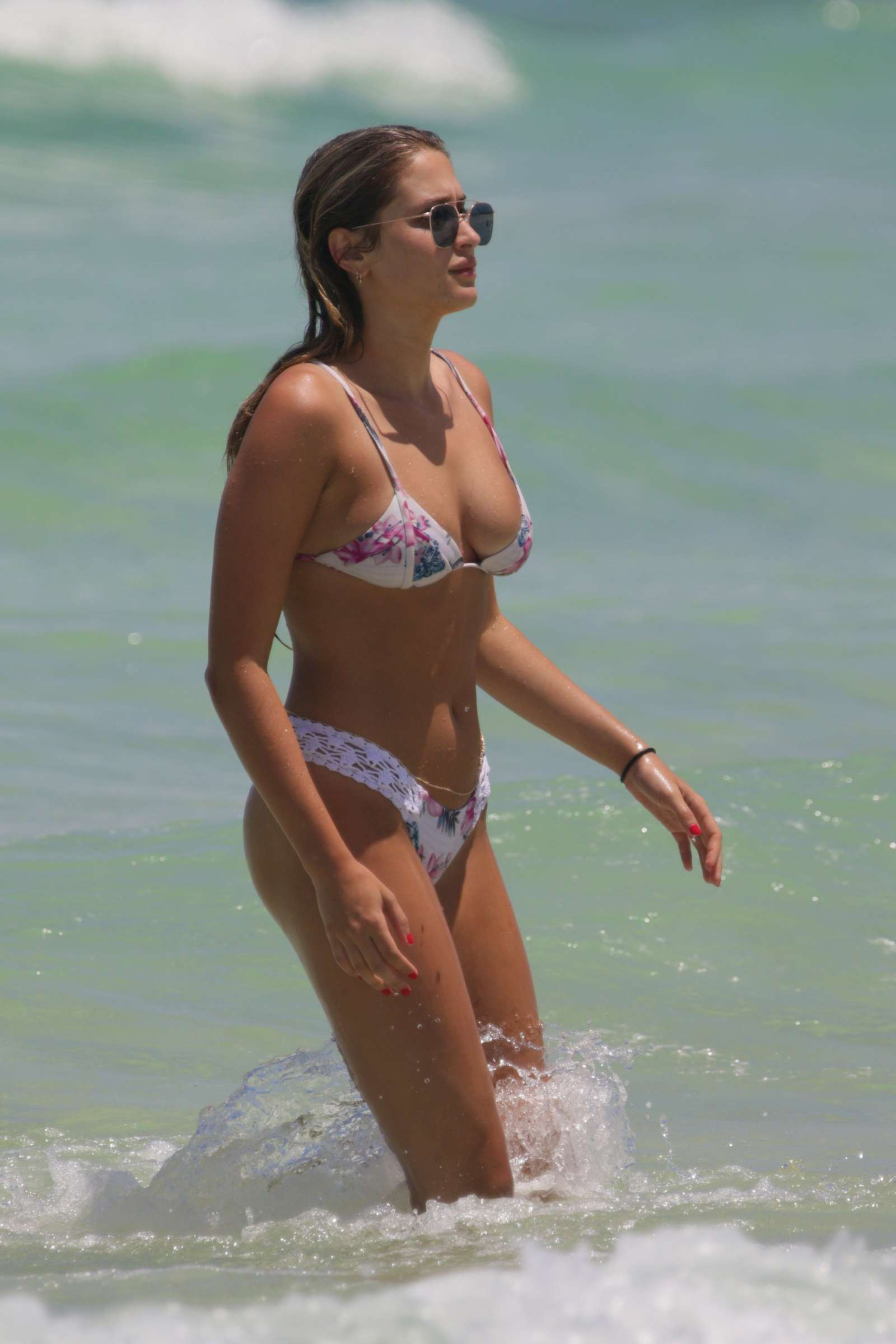 Christina milian on beach in miami - 3 part 10