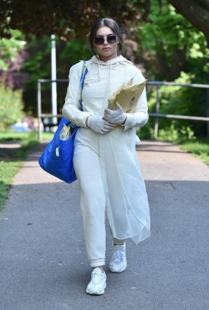 Francesca Allen - Wears surgical gloves as she heads to the post office in London