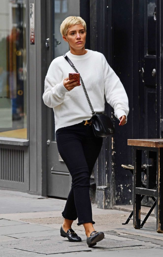 Frankie Bridge - Out in Soho