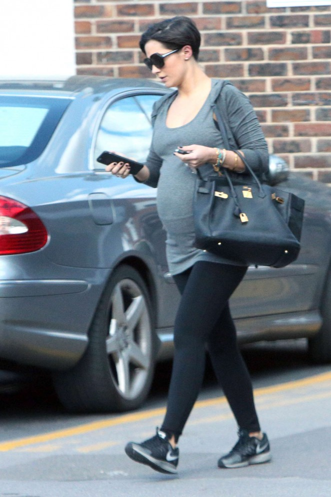 Frankie Sandford – Out and about in London