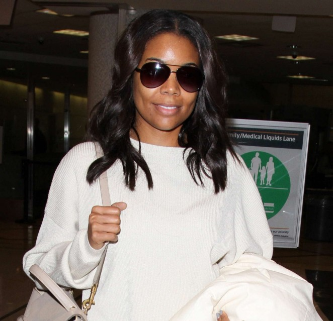 Gabrielle Union in White at LAX -01