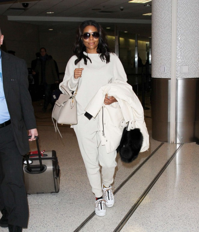Gabrielle Union in White at LAX -03