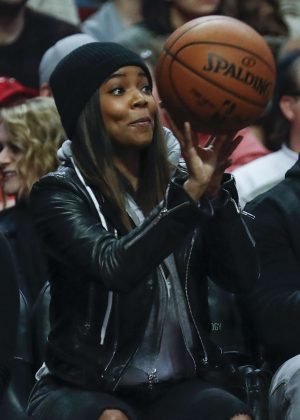 Gabrielle Union at a Bulls game in Chicago