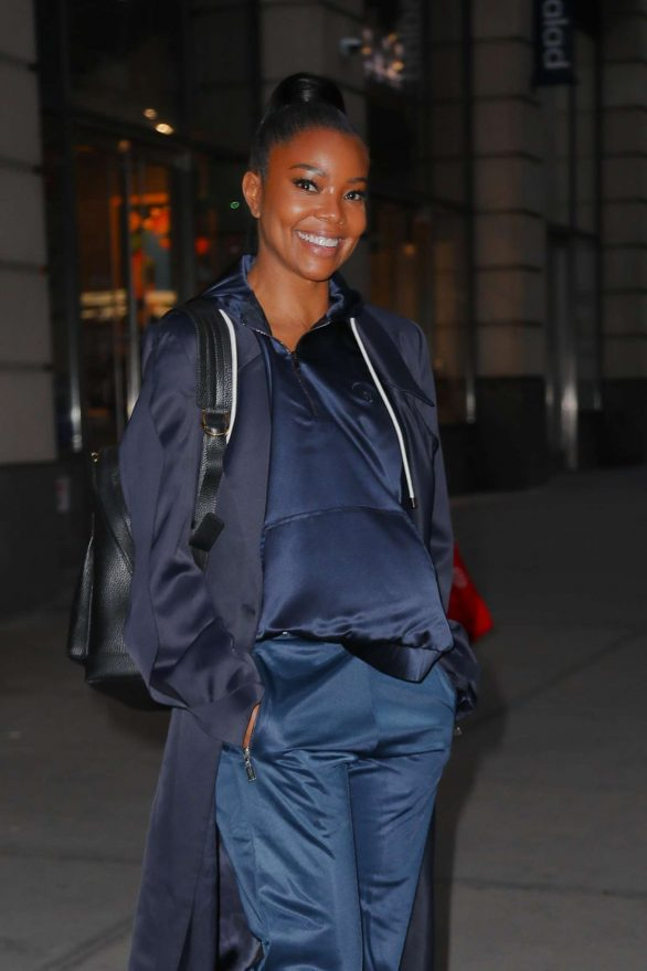 Gabrielle Union - Leaving The New York & Company office in NYC