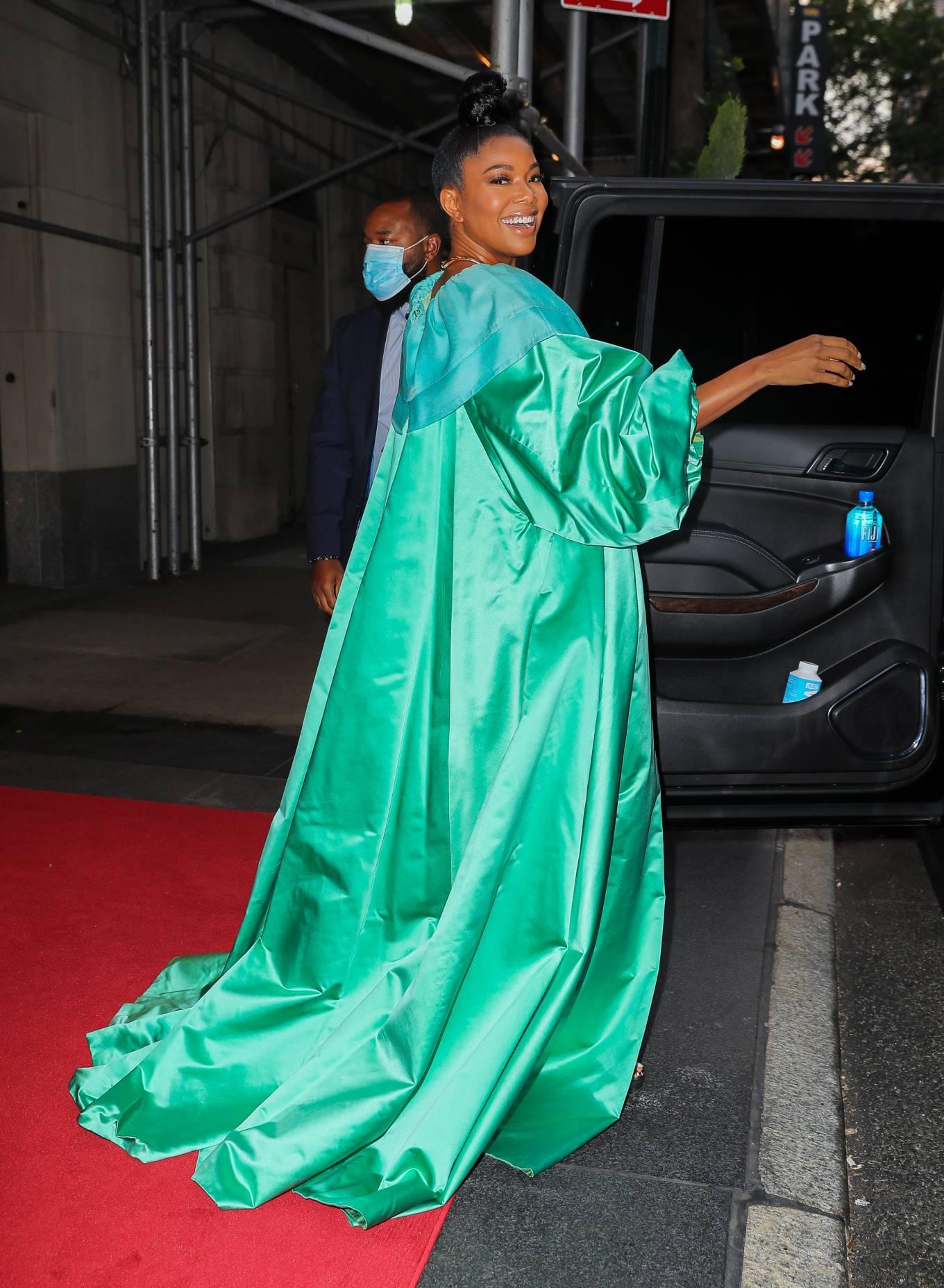 Gabrielle Union 2021 : Gabrielle Union – Seen in a green dress in New York-01