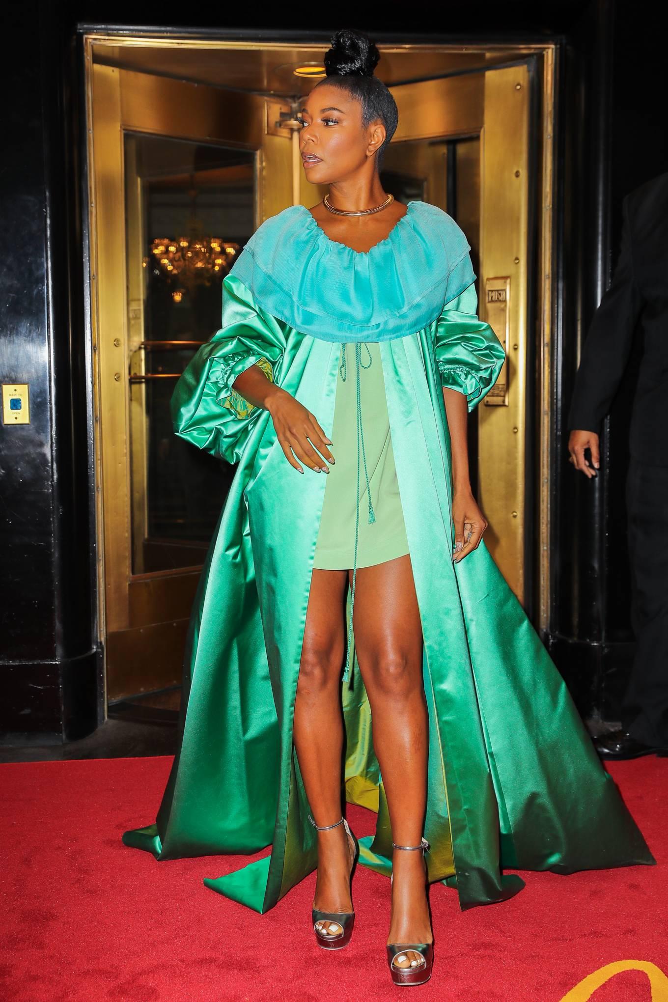 Gabrielle Union 2021 : Gabrielle Union – Seen in a green dress in New York-02