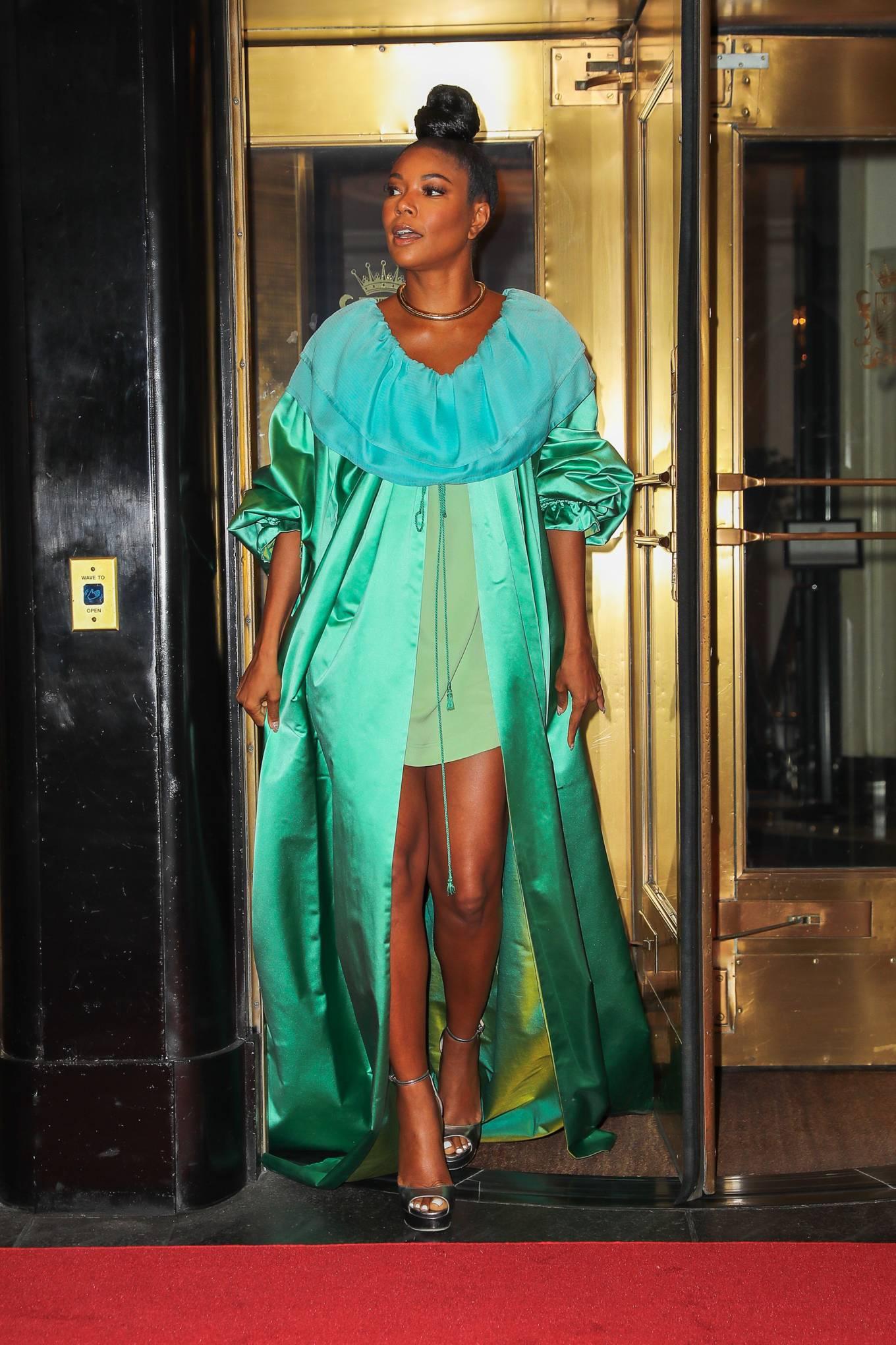 Gabrielle Union 2021 : Gabrielle Union – Seen in a green dress in New York-08