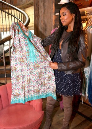 Gabrielle Union: Shopping at the Calypso St Barths Pop Up -03