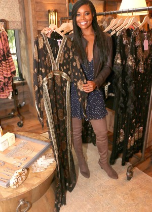 Gabrielle Union: Shopping at the Calypso St Barths Pop Up -07