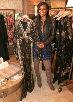 Gabrielle Union: Shopping at the Calypso St Barths Pop Up -15