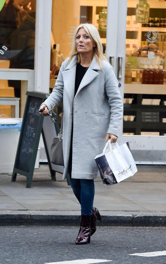 Gaby Roslin Shopping in Notting Hill