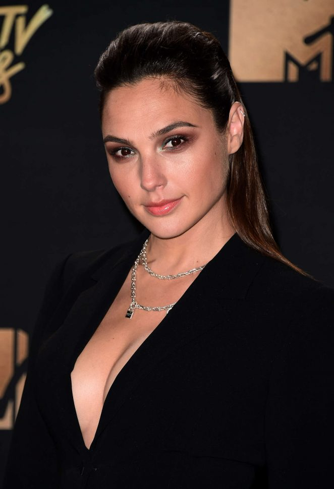 Gal Gadot – 2017 MTV Movie And TV Awards in Los Angeles