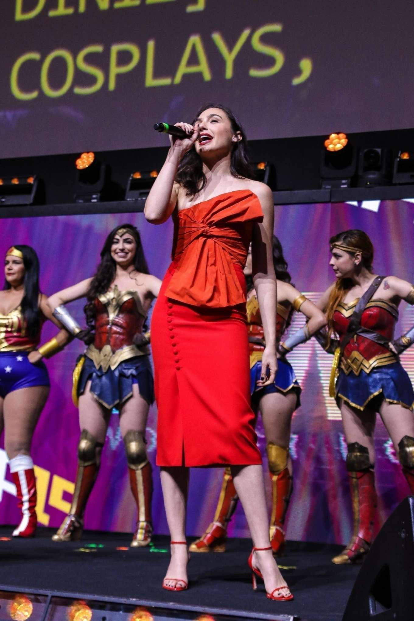 Gal Gadot - All in red at 'Wonder Woman' Panel at Argentina Comic Con 2019