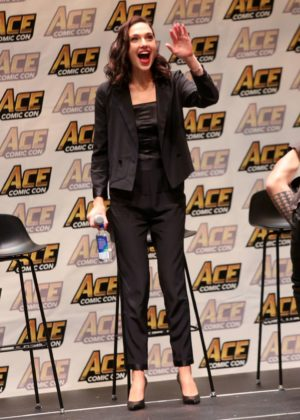 Gal Gadot - 'Justice League' Panel at 2017 ACE Comic Con in NY