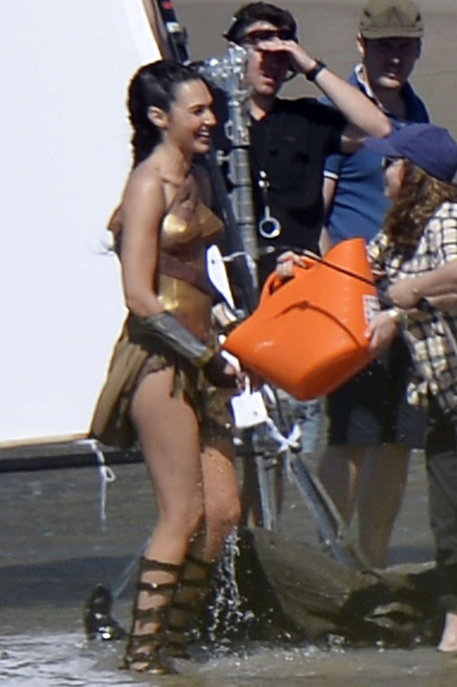 Gal Gadot on the set of 'Wonder Woman' on the beach in Italy
