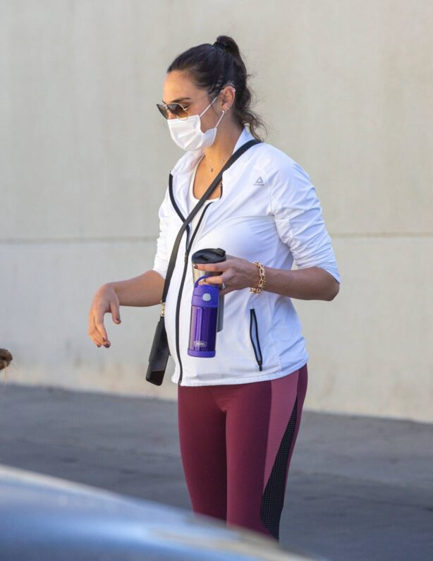 Gal Gadot - Takes her daughter to ballet class in Los Angeles
