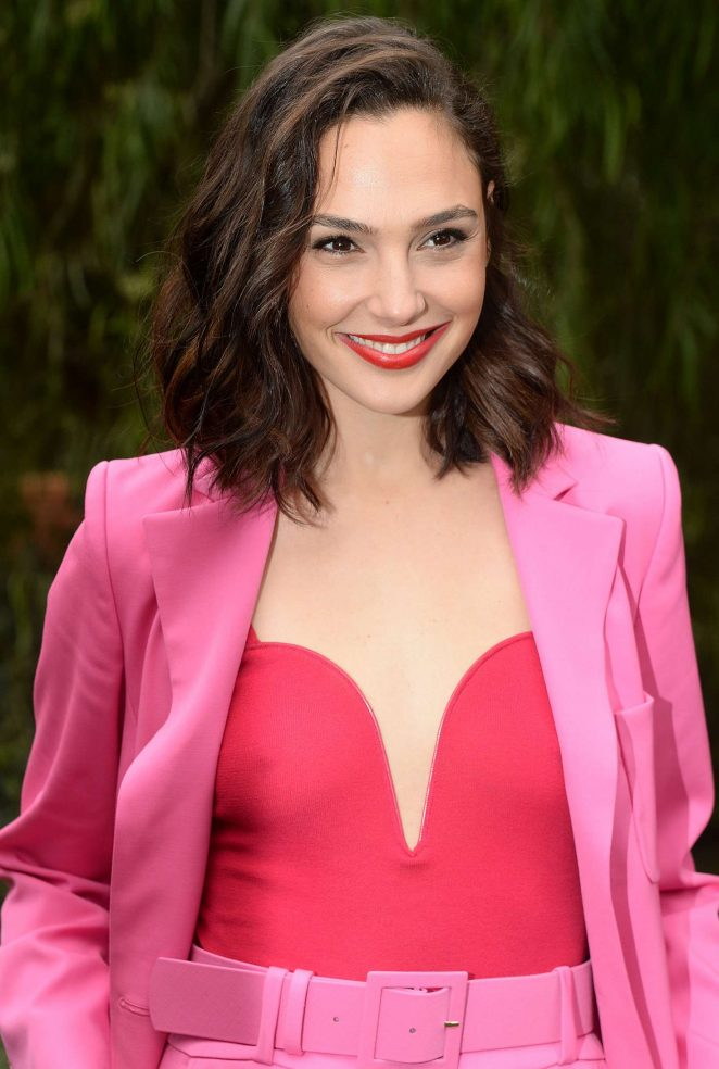 Gal Gadot – Variety's Creative Impact Awards and 10 Directors To Watch Palm Springs