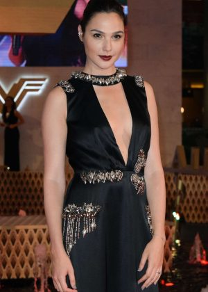 Gal Gadot -'Wonder Woman' Premiere in Mexico City