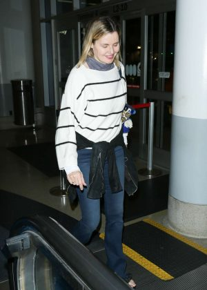 Geena Davis at Los Angeles International Airport