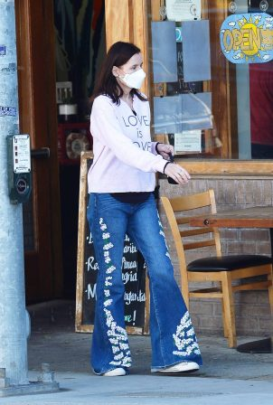 Geena Davis - stepping out in Los Angeles