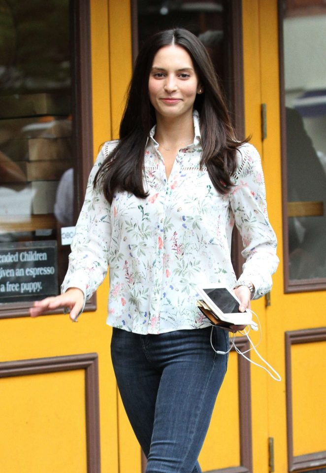 Genesis Rodriguez in Jeans out in New York