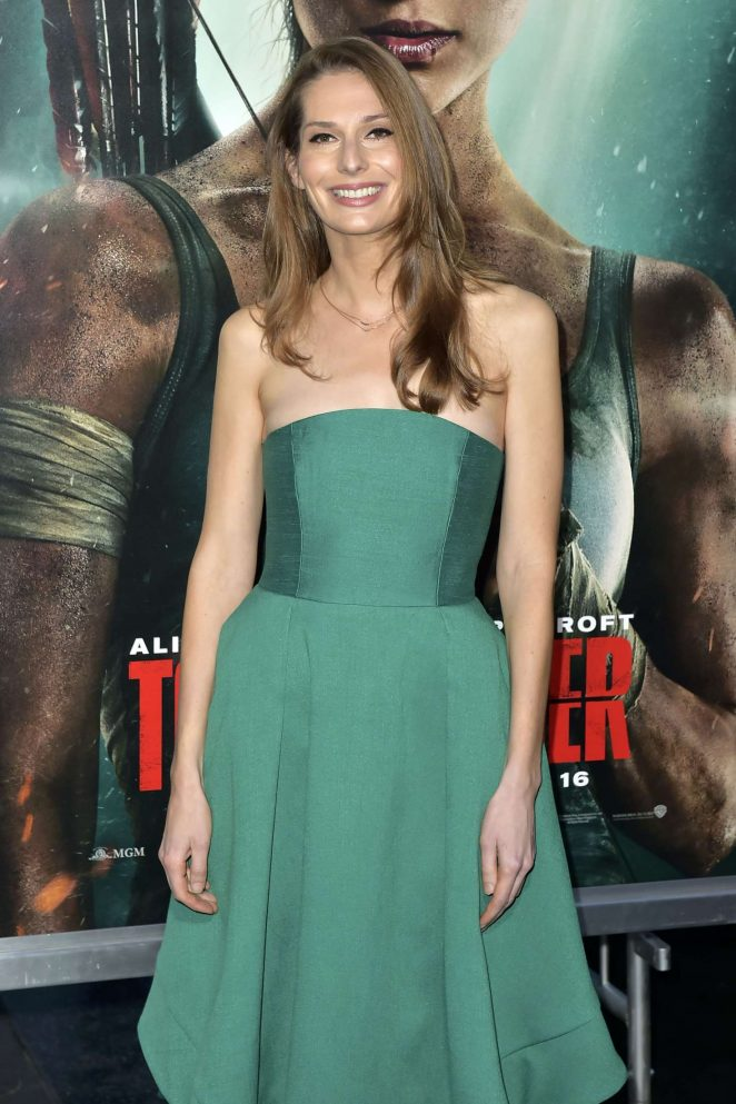 Geneva Robertson-Dworet - 'Tomb Raider' Premiere in Hollywood