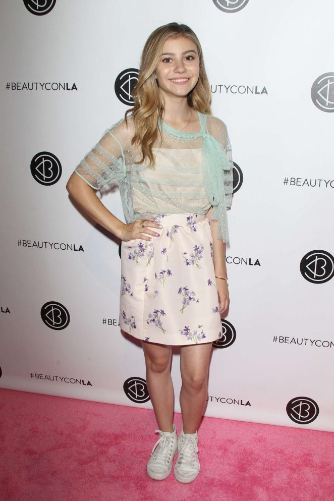 Genevieve Hannelius - 5th Annual Beautycon Festival LA in Los Angeles