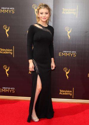 Genevieve Hannelius - Creative Arts Emmy Awards 2016 in Los Angeles