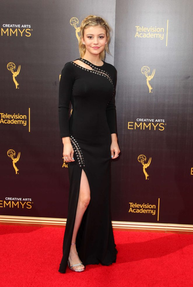 Genevieve Hannelius - Creative Arts Emmy Awards 2016 in Los Angeles