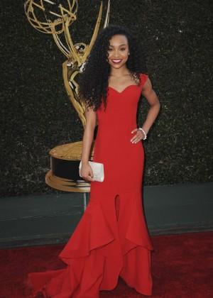 Genneya Walton - 2016 Daytime Creative Arts Emmy Awards in Los Angeles