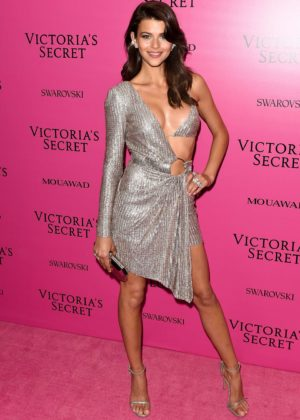 Georgia Fowler - 2017 Victoria's Secret Fashion Show After Party in Shanghai